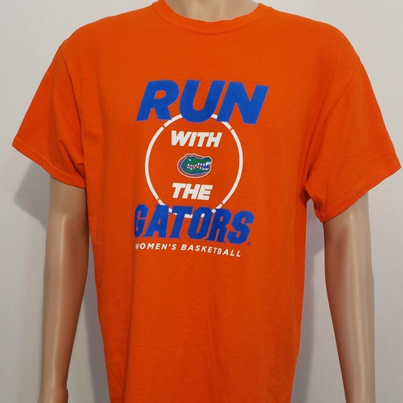 Gildan Other - UNIVERSITY OF FLORIDA GATORS WOMANS BASKETBALL TEE
